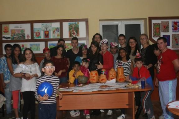 Rotaract-Craiova.-Halloween.-Scoala-Sf-Mina.
